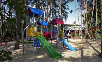 plac zabaw COMES w Toruniu
