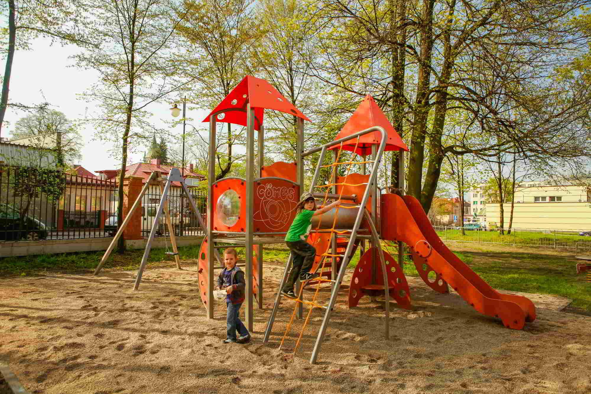 budowa placu zabaw płock