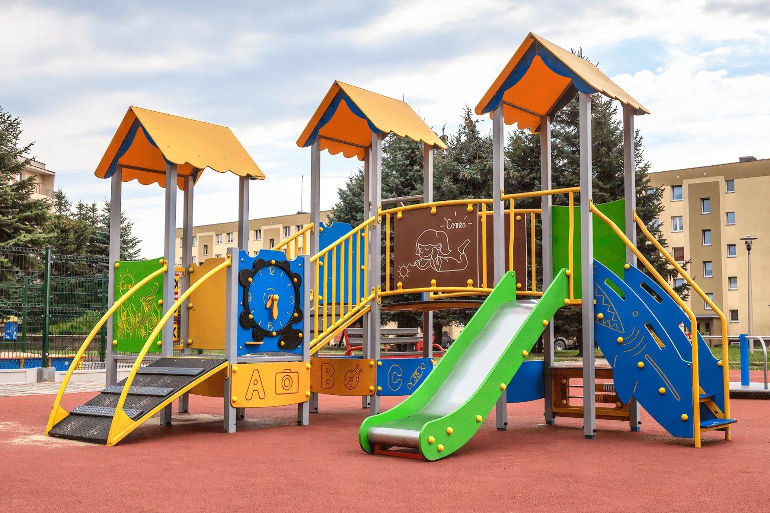 Plac zabaw w Starachowicach.
